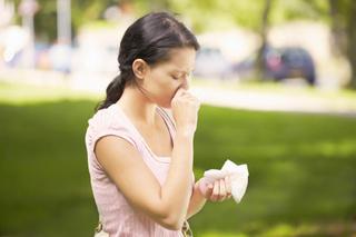 花粉症の目、鼻の不快な症状.jpg